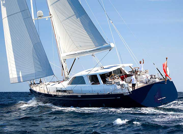 105 ft luxury sailing and motor yacht epic charters for Migliori cabin charter in wisconsin